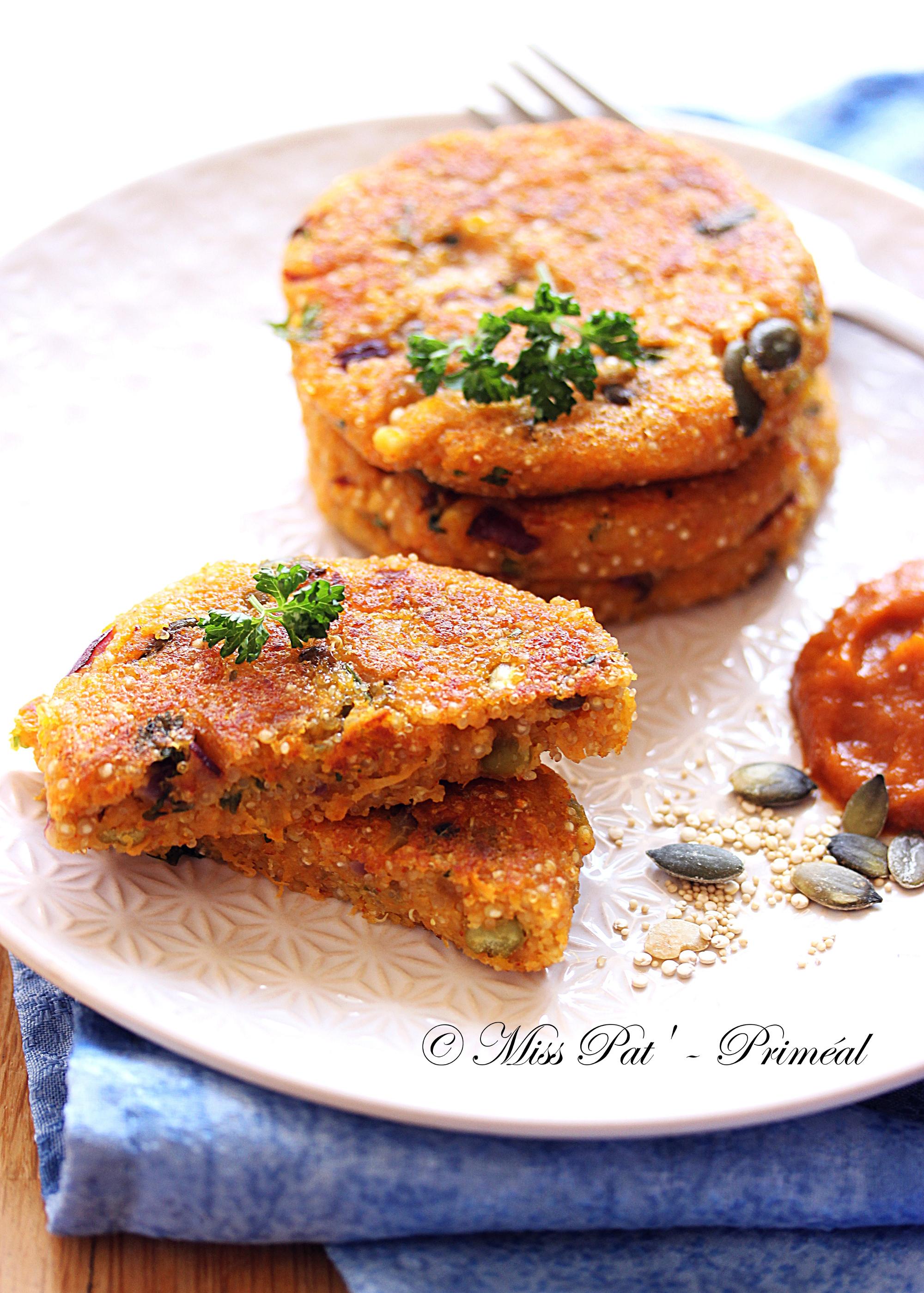Recette bio : Galettes de quinoa et de carotte au parmesan
