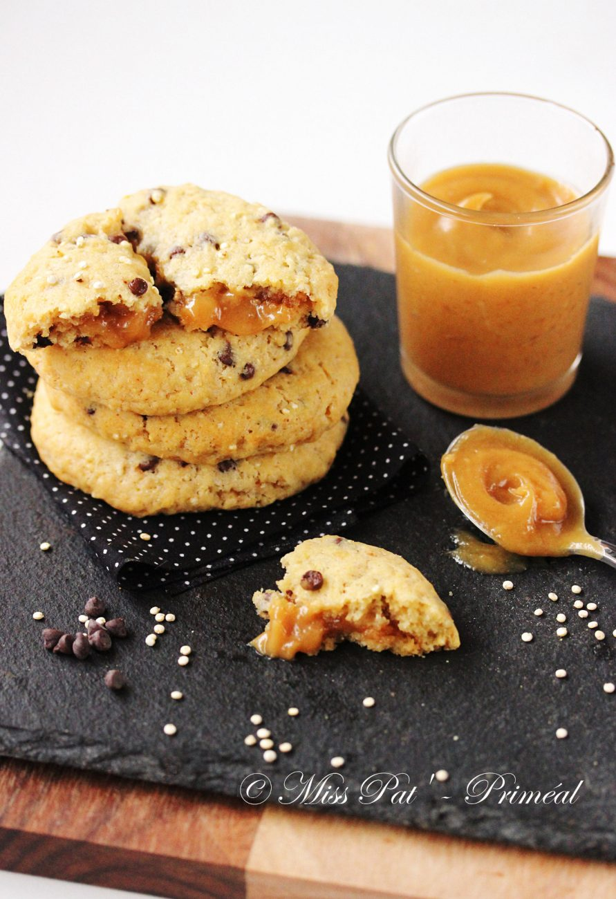 Recette bio : Cookies quinoa et choco, fourrés de crème aux cacahuètes