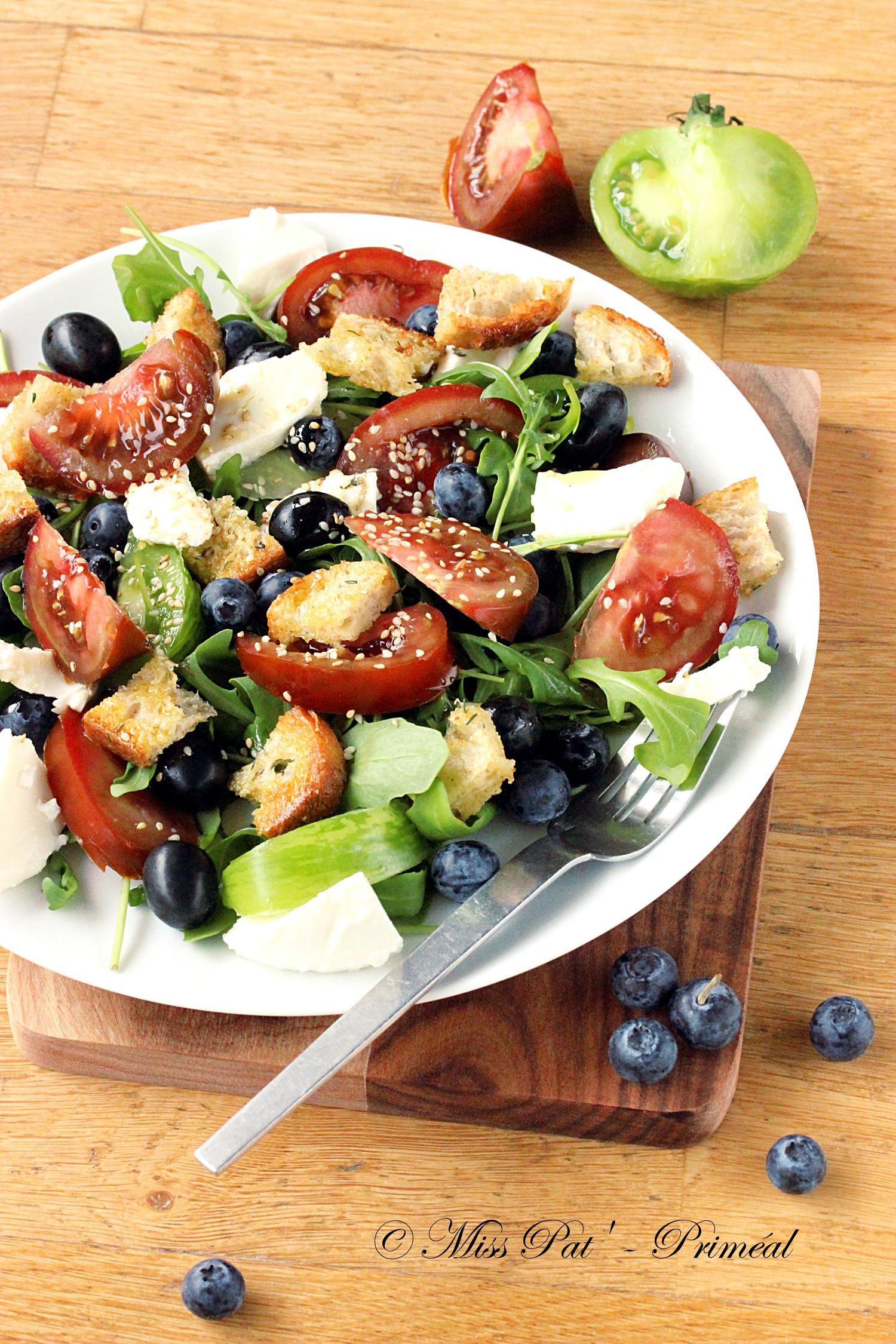 Salade antioxydante, tomate et olive noire