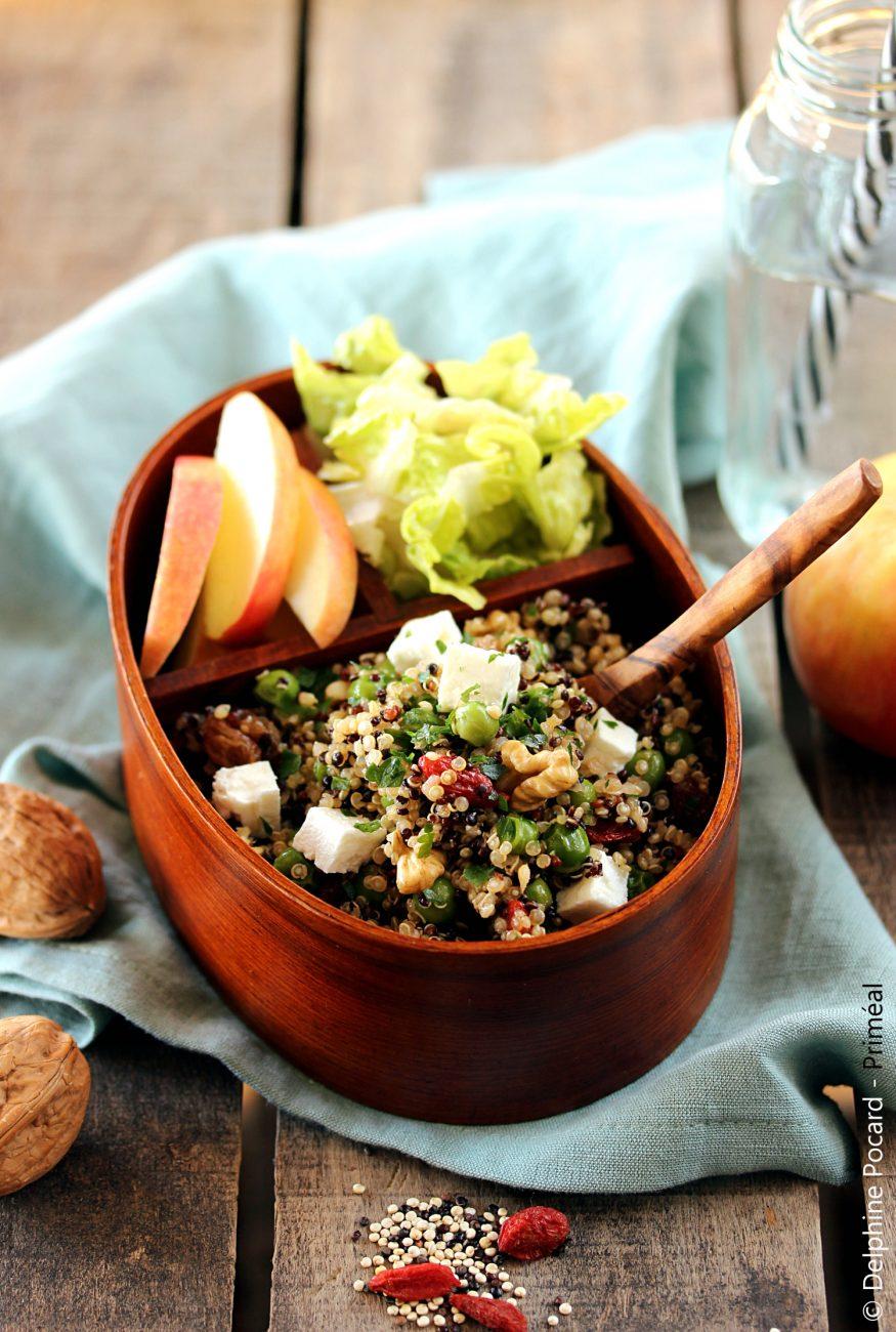Bento déjeuner, salade de quinoa petits pois et raisins