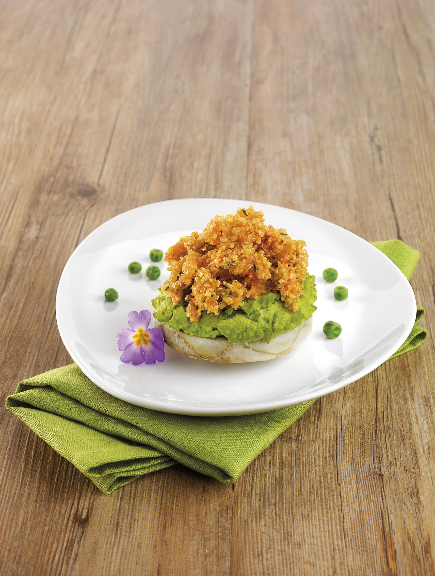 recette v g tarienne pur e de petits pois sur fond d 39 artichaut avec crumble de quinoa. Black Bedroom Furniture Sets. Home Design Ideas