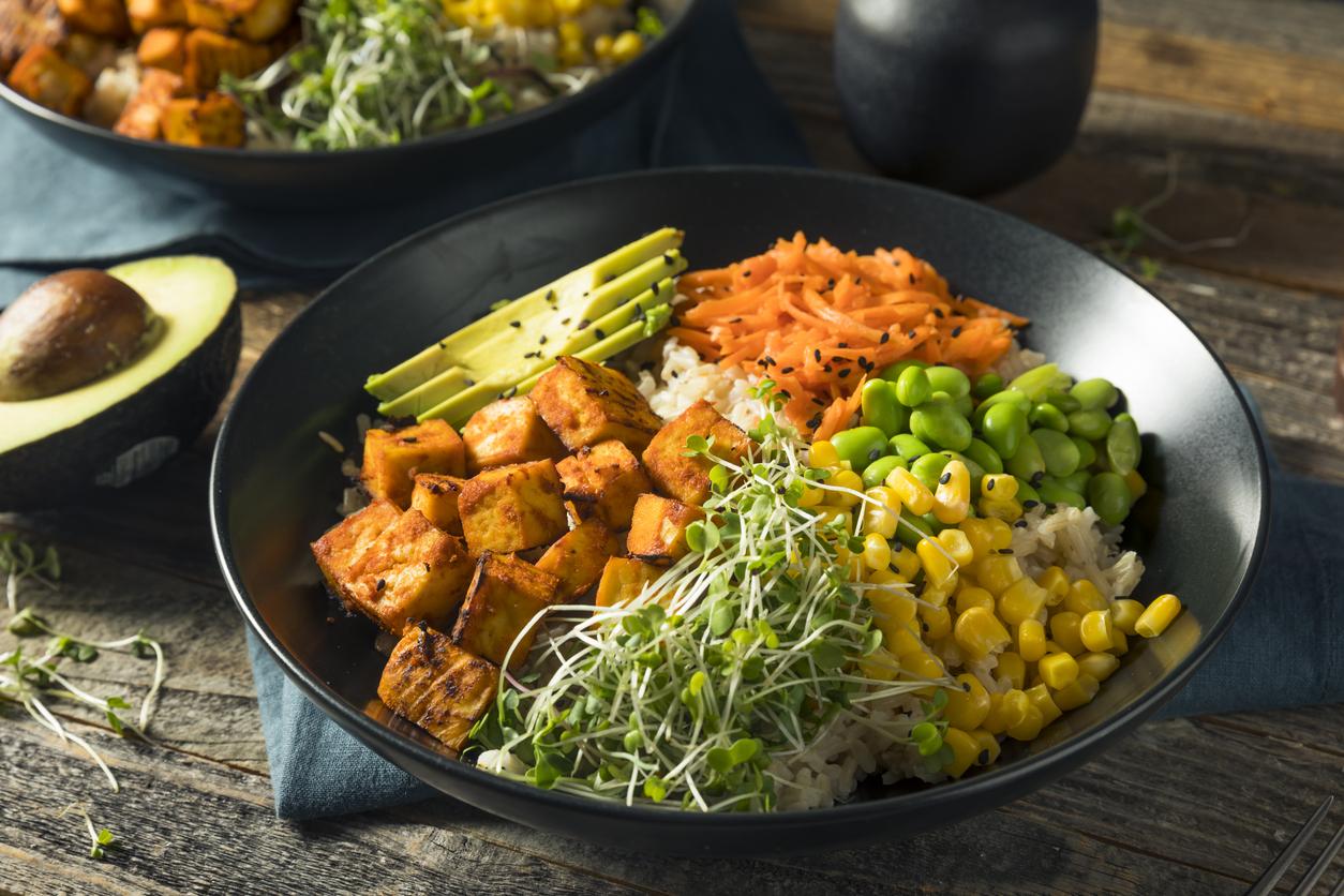 Focus-sur-la-tendance-poke-bowl-cote-vegetarien.jpg