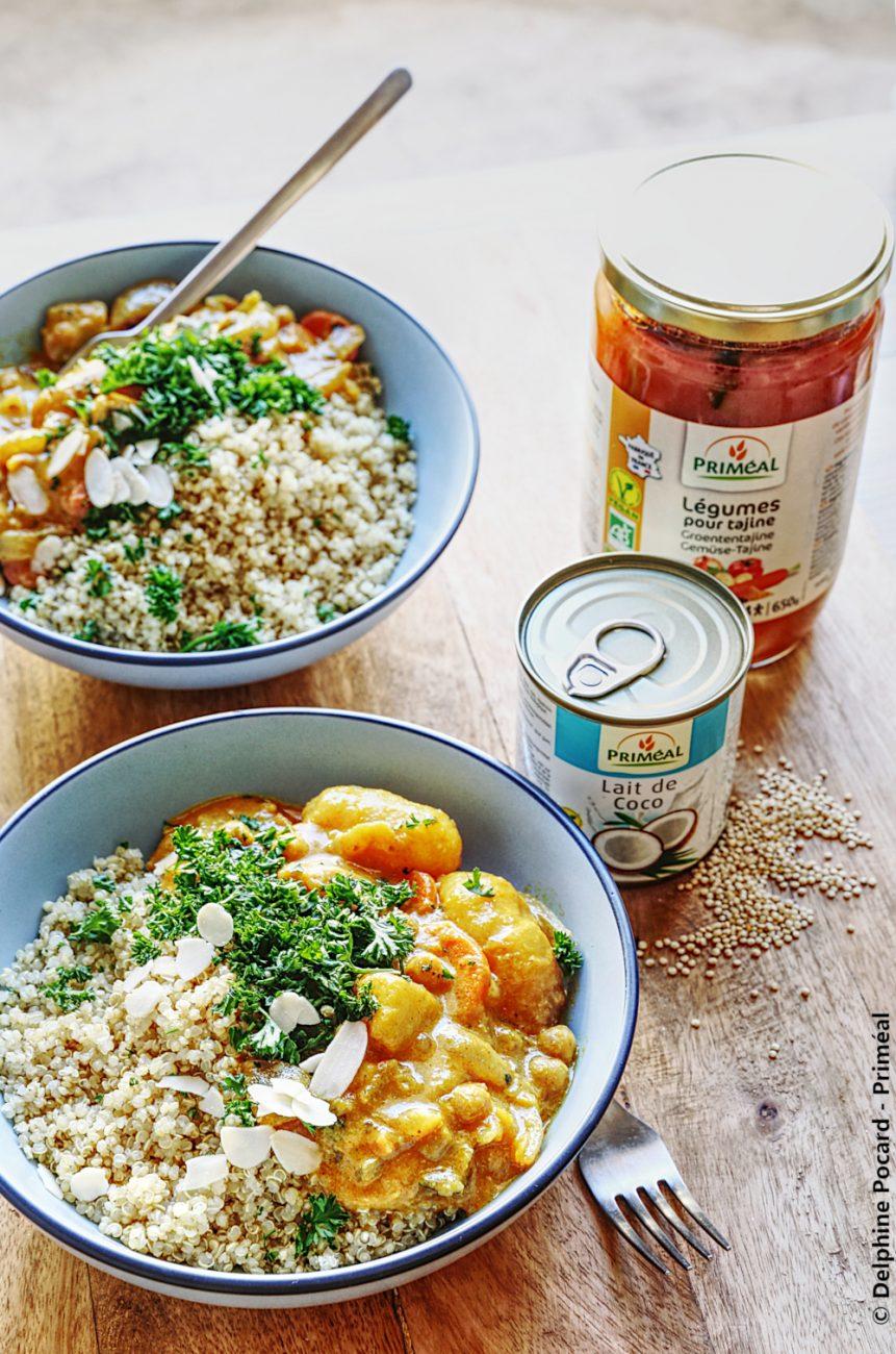 Cari de légumes et pois chiches au quinoa