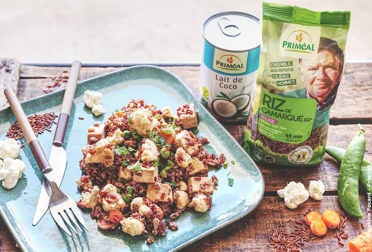 Riz rouge de Camargue sauté aux légumes et au tofu