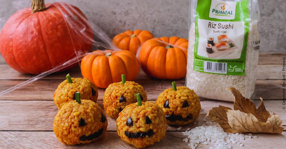 Riz citrouille d'Halloween : citrouilles en boulettes de riz, tomate et curcuma